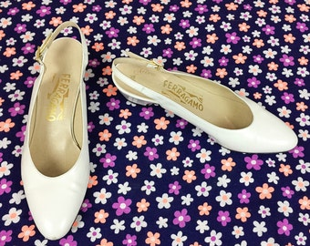 80's classic white leather Ferragamo slingback kitten heels 1980's designer Salvatore Ferragamo pumps / shoes Italy / Saks Fifth Avenue 7 N