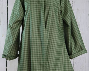 Ladies Shortgown, 40-42 bust, green, ready to ship, colonial, pirate, renaissance