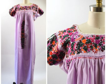 Vintage Mexican Dress Oaxacan Dress Size Large Purple Cotton Hand Embroidery Orange Red and Green