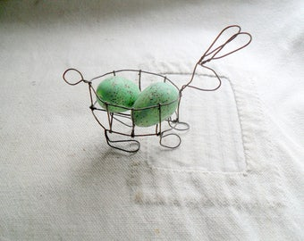 Vintage Wire Bunny, Small Wire Rabbit, Bunny with Eggs, Wire Bunny, Wire Rabbit, Vintage Easter