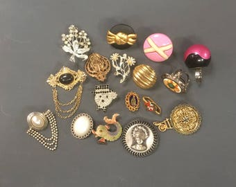 Detash Brooches, Rings, Scarf Rings, Charms etc 1950s-80s