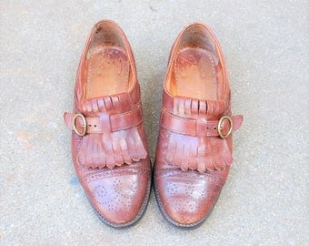 Vintage Womens 6 ~ EU 36 Joan and David Italian Loafers Wingtips Oxfords Fringe Monk Strap Buckle Cap Medallion Toe Brown Leather Dress Shoe