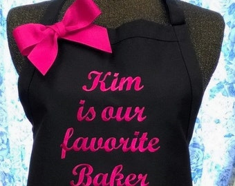Personalized Quote Apron with Extra Lettering Above Pockets