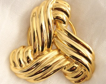 Vintage Gold Ridged Tri Knot Scarf Or Sweater Clip . Unsigned