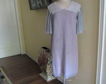 Vintage Polka Dot Gray White Pink Loose Dress Big White Collar / Large Dress