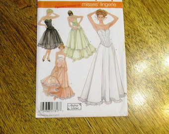 Lovely Lingerie - Corset, Petticoat, Underskirt for SCA, Wedding & Cosplay - Size (6 - 8 - 10 - 12) - UNCUT Sewing Pattern Simplicity 5006