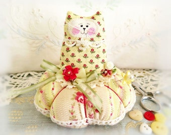 Cat Pincushion 5 inches, Red Yellow Rose Green, Decor Fabric & Cotton Fabric Primitive Cloth Doll Decoration Soft Sculpture Folk Art