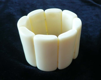 Lucite Bangle Bracelet Stretchy & Wide Retro Cream Color