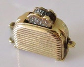 Large 9ct Gold Toaster Moving Charm or Pendant
