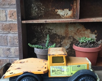 Vintage Sixties Yellow Nylint Delivery Truck