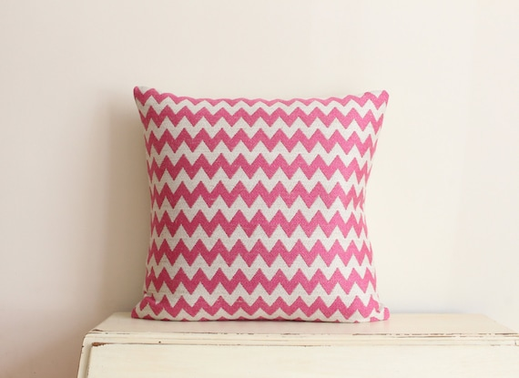 "SALE - Woven zig-zag pillow cushion cover 20"" x 20"" in pink"