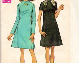 "1960s Dress and Scarf Pattern - Size 12, Bust 34"" - Simplicity 8461"