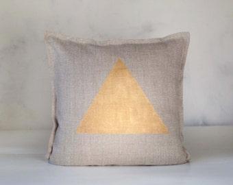 Gold print pillow cover - triangle print pillow - decorative pillow - accent pillow case - gold geometric print pillow - modern pillow