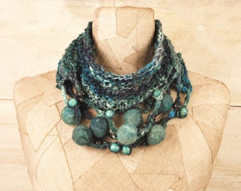 Knit scarf necklace infinity, boho wool loop, Art Knitted scarf wrap, circle knit blue Bohemian clothing,  Hand Gypsy scarves, felt art rope