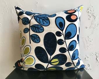 Navy Blue Retro Pillow Cover, 20x20 Floral Decorative Pillow Cover, Botanical Colorful Pods Pillow Cover