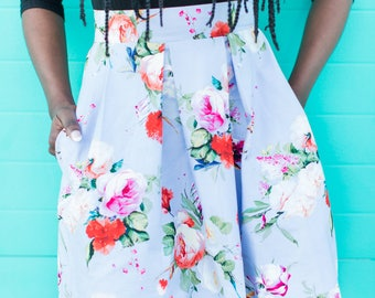Woman's Structured Floral Skirt