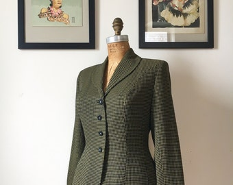 1940s Rayon Crepe 4 Button Hourglass Blazer in Miniature Windowpane Check Yellow and Black w/ Curved Lapels & Lucite Buttons