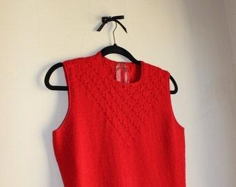 Red Knit Sweater Dress || Holiday Red || 1960s || Medium || Knit Dress || Vintage Shift Dress