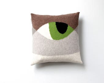 Knitted Cat Pillow - Cat Pillow - Cat Face with Blue and Green Eyes - Great Gift for Cat Lover - Knitted Animal Cushion