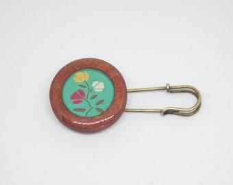 Wood And Resin Cabochon Kilt Pin/Shawl Pin -  Vintage Flower On An Aqua Background - Antique Bronze Setting - PHAT FIBER - January 2017