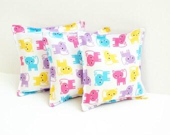 3 Kitten Bean Bags - Washable - Kids Beanbag Toss Game - Cat Themed Birthday Party  - Girl Birthday Gift - Girl Bean Bag Toss Toy - Kitty