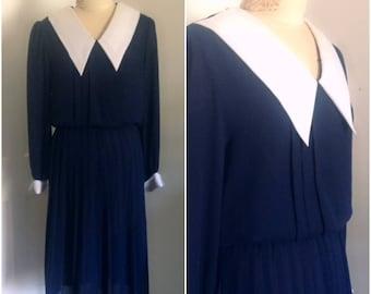 Eighties peter pan collar vintage dress // large XL 12 14 navy blue twenties style 1980
