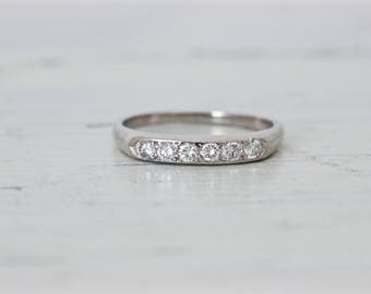 1940s Vintage Platinum Wedding Ring | Antique Diamond Wedding Ring | 0.20 Carats TW | Anniversary Band Ring | Stackable Ring | Size 5.75