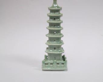 "Vintage Aquarium Pagoda,  4"" tall Green Ceramic Underwater Ornament, Fish Tank Bowl Decoration, Terrarium Planter Decor, Rare"