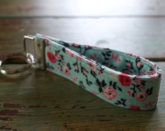 Florence // Floral Key Fob // Wristlet // Key Chain / Floral