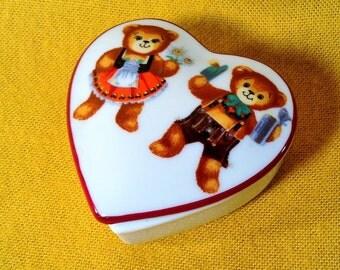 Vintage Porcelain Heart Shaped Trinket Box - Boy & Girl Bears Holding Hands - Made in West Germany, Reutter Porzellan - Valentine's, Wedding