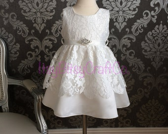 Baby girl lace Baptism dress christening gown with rhinestone belt