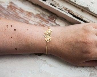 Tiny bracelet, Bicycle bracelet, Dainty charm bracelet, petit bracelet, charm bracelet