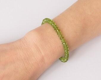 Peridot bracelet in sterling silver August birthstone jewelry Green gemstone bracelet Boho chic jewelry