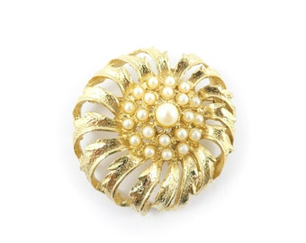 Vintage Cluster Faux Pearl Brooch, Flower, Gold Tone