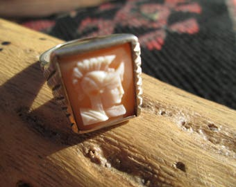 Vintage Shell Cameo and Sterling Silver Mens Ring Size 10