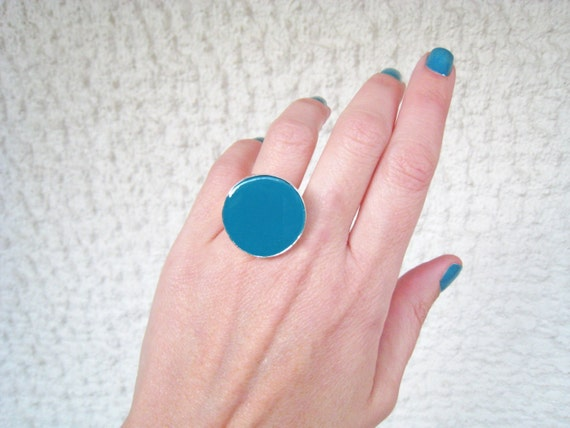 Teal ring, teal blue resin ring, cyan blue viridian green, round solitaire ring, big chunky ring, modern minimalist, color block jewelry