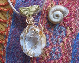 Caves of Crystals || Geode Wire Wrapped Necklace || Vegan Suede || Hippie Crystal Healing Jewelry