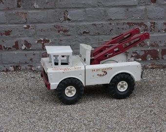 White Tonka Mighty Wrecker Vintage Toy
