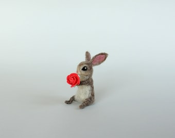 Miniature animal Felted bunny with flower Needle felt animal Cute hare Little bunny Doll house Woolen rabbit Waldorf doll Collectible