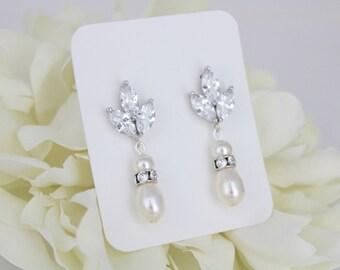Bridal earrings, Crystal earrings, Bridesmaid jewelry, Wedding jewelry, Bridesmaid earrings, Pearl drop earrings, Crystal stud earrings