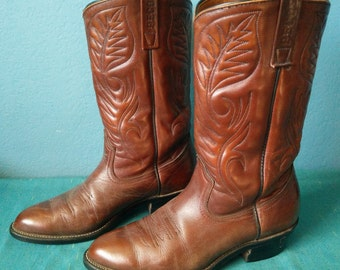 Red Wing Pecos boots mens Chestnut brown leather western cowboy style # 9801-1 size 9D, Made in USA.