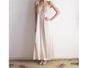 70s Blush Maxi Nightgown Small