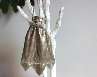 1920s Whiting and Davis Mesh Purse