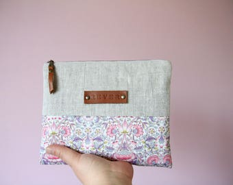 Linen and Liberty fabric pouch, Natural linen coin purse, Pink makeup bag, Zippered pouch, Linen and leather, Linen bag, Linen cosmetic bag