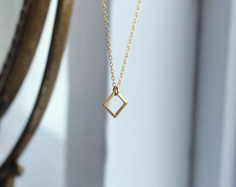 Geometric Jewellery gold square necklace dainty gold jewelry simple gold necklace modern gold jewelry gold filled necklace gold charm