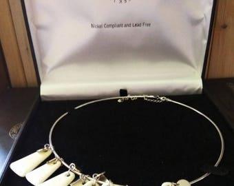 Vintage Irish Belleek Designer Jewellery Necklace - creamy white and silver