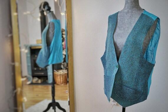 turquoise-vest I Unisex-wool-vest I wool-vest I wool-gilet-turquoise I turquoise-wool-waist-coat