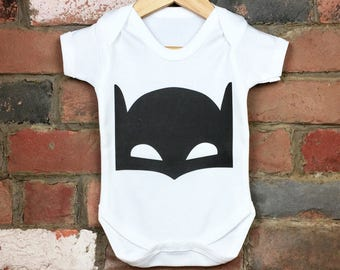 Bat Baby Bodysuit, Batman Baby Clothes, Batman Onesie, Trendy Baby Clothes, Batman Baby Gifts, Bat Boy, Bat Girl Clothes, Nerdy Baby Gifts