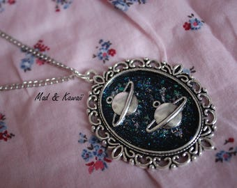 Planet cameo necklace