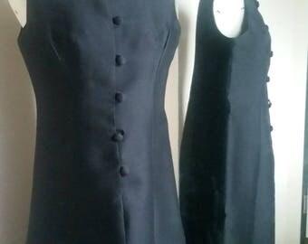 Vintage 1960s Little Black Dress - Large